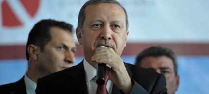 Erdoğan wins tight referendum race amidst claims of election fraud