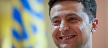 Comedian Volodymyr Zelensky stays frontrunner after first round of elections